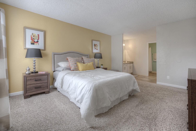 Lavish Bedroom at Vizcaya Hilltop, Nevada