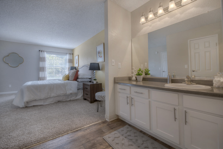 Custom Look Bathroom at Vizcaya Hilltop, Reno, NV, 89523
