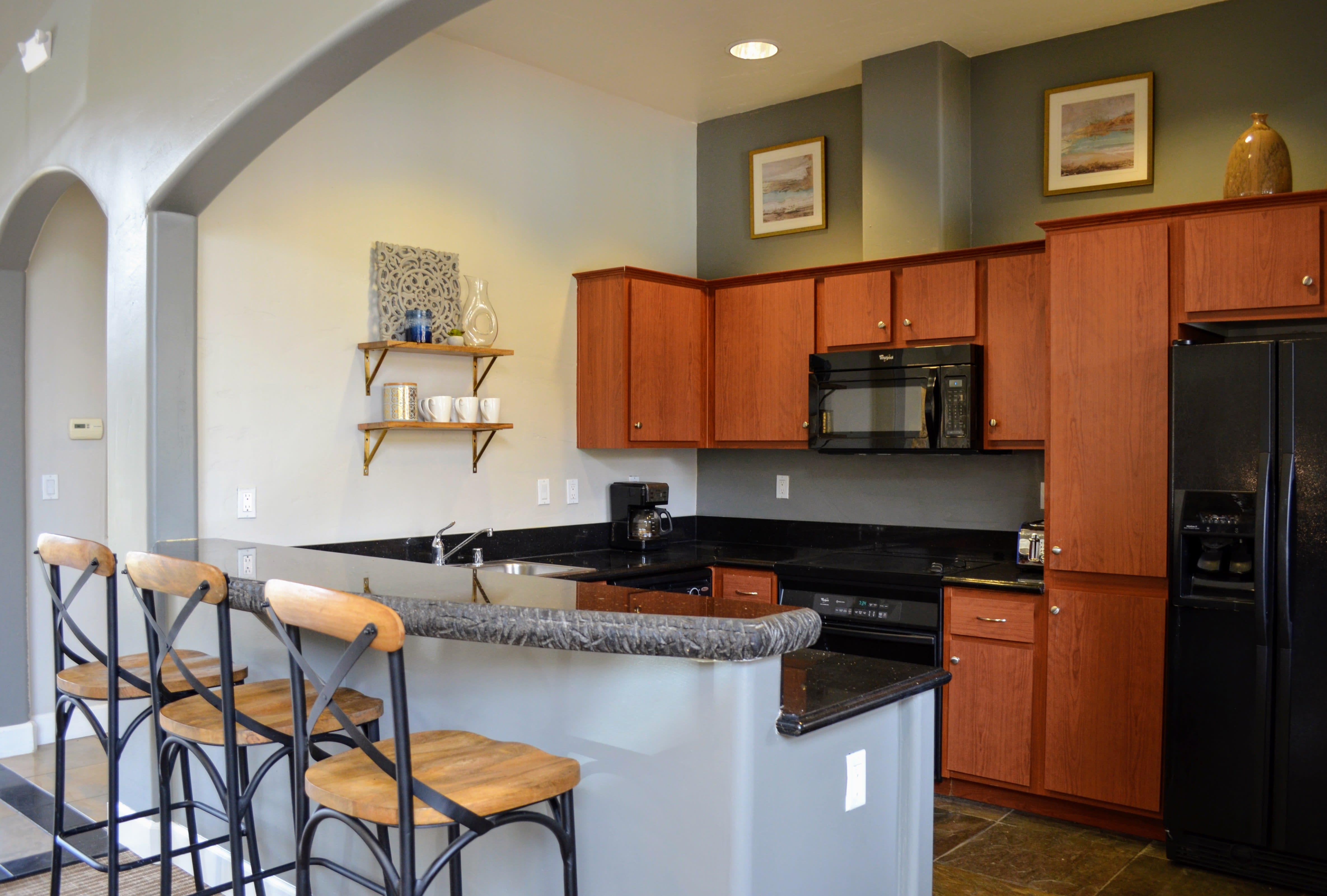 Eat-in Kitchens at Sterling Village Apartment Homes, 88 Valle Vista Avenue, Vallejo
