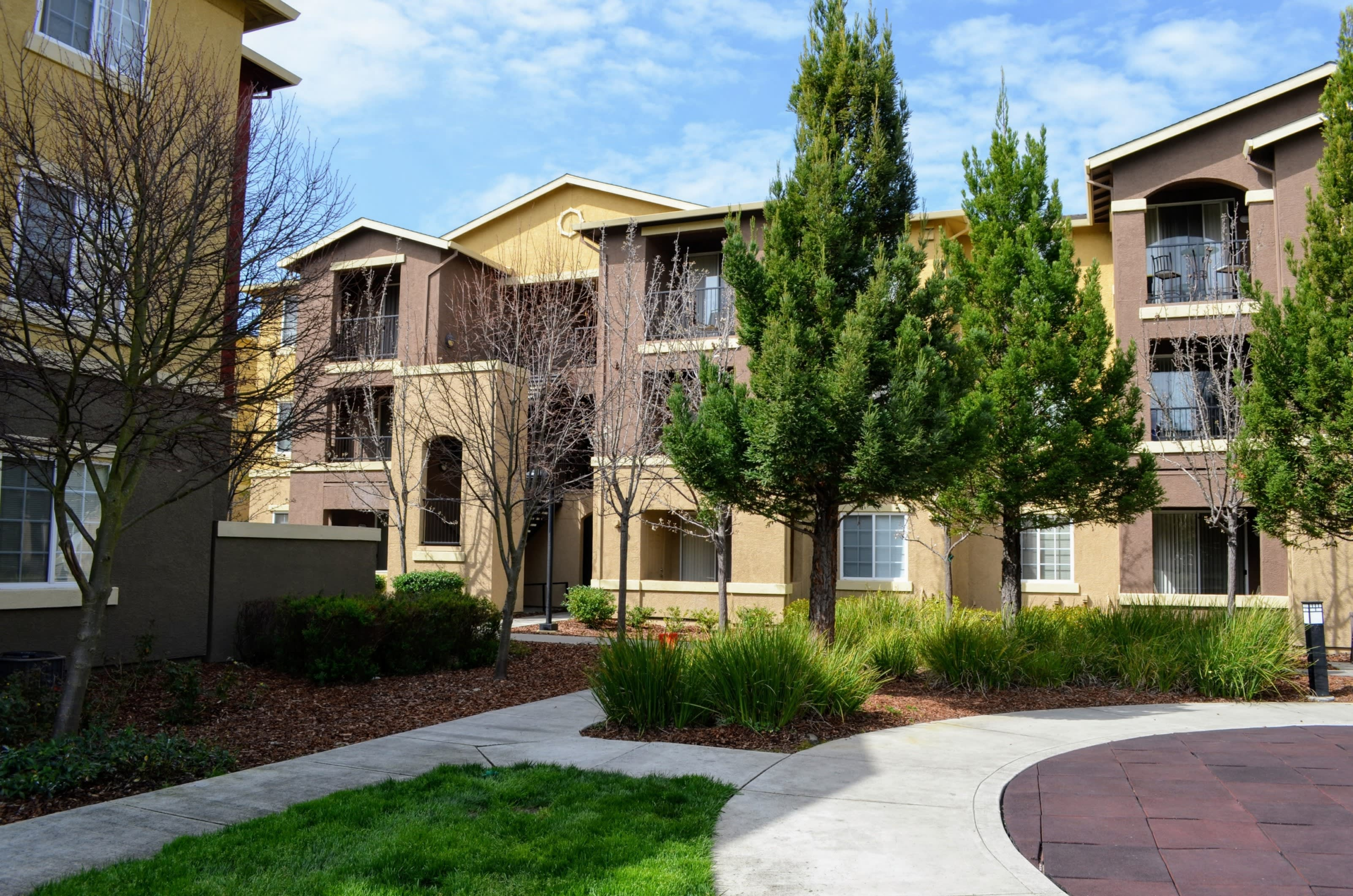 Meticulous Landscaping at Sterling Village Apartment Homes, Vallejo, CA