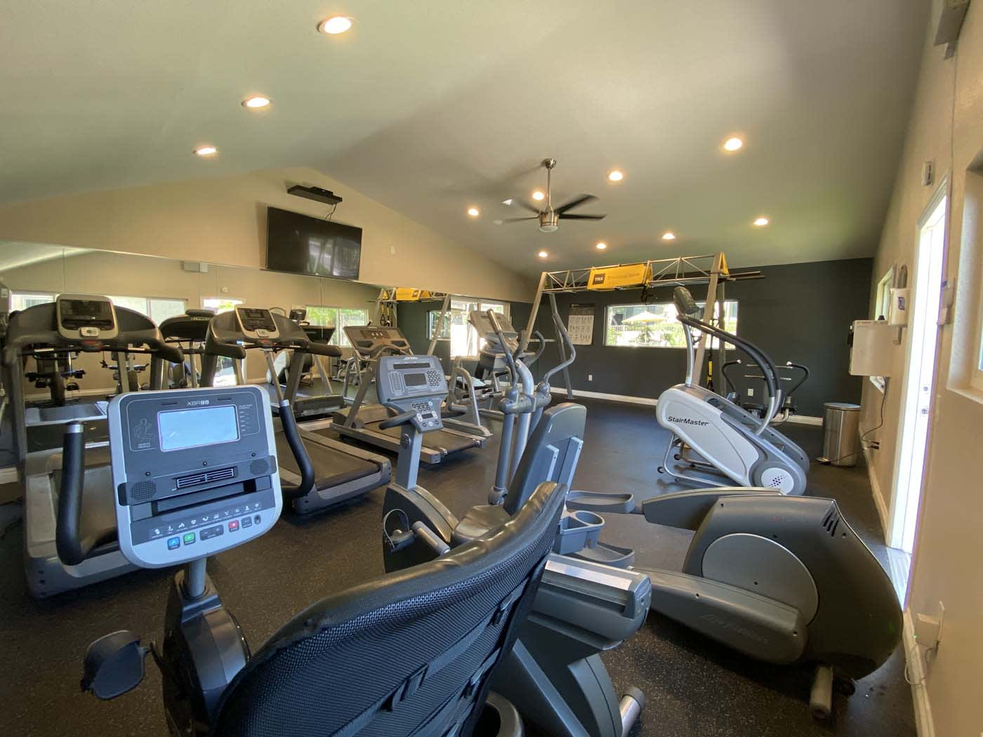 Fitness Center at Stoneridge Apartment, Upland