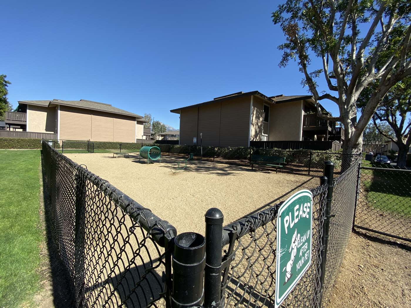 Pet Park at Stoneridge Apartment, Upland