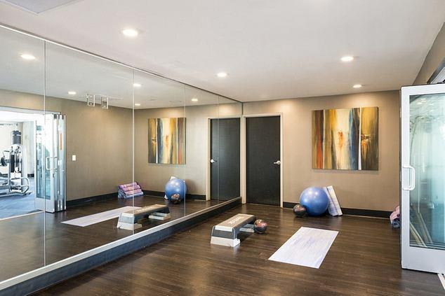Home Community-Yoga Room at 1600 Vine Apartment Homes, Hollywood, CA