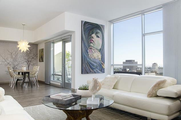 Home Community-Living Room at 1600 Vine Apartment Homes, Los Angeles, 90028