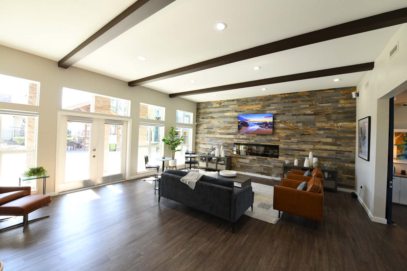 Living Room with TV at Russellville Commons, Portland, OR, 97216