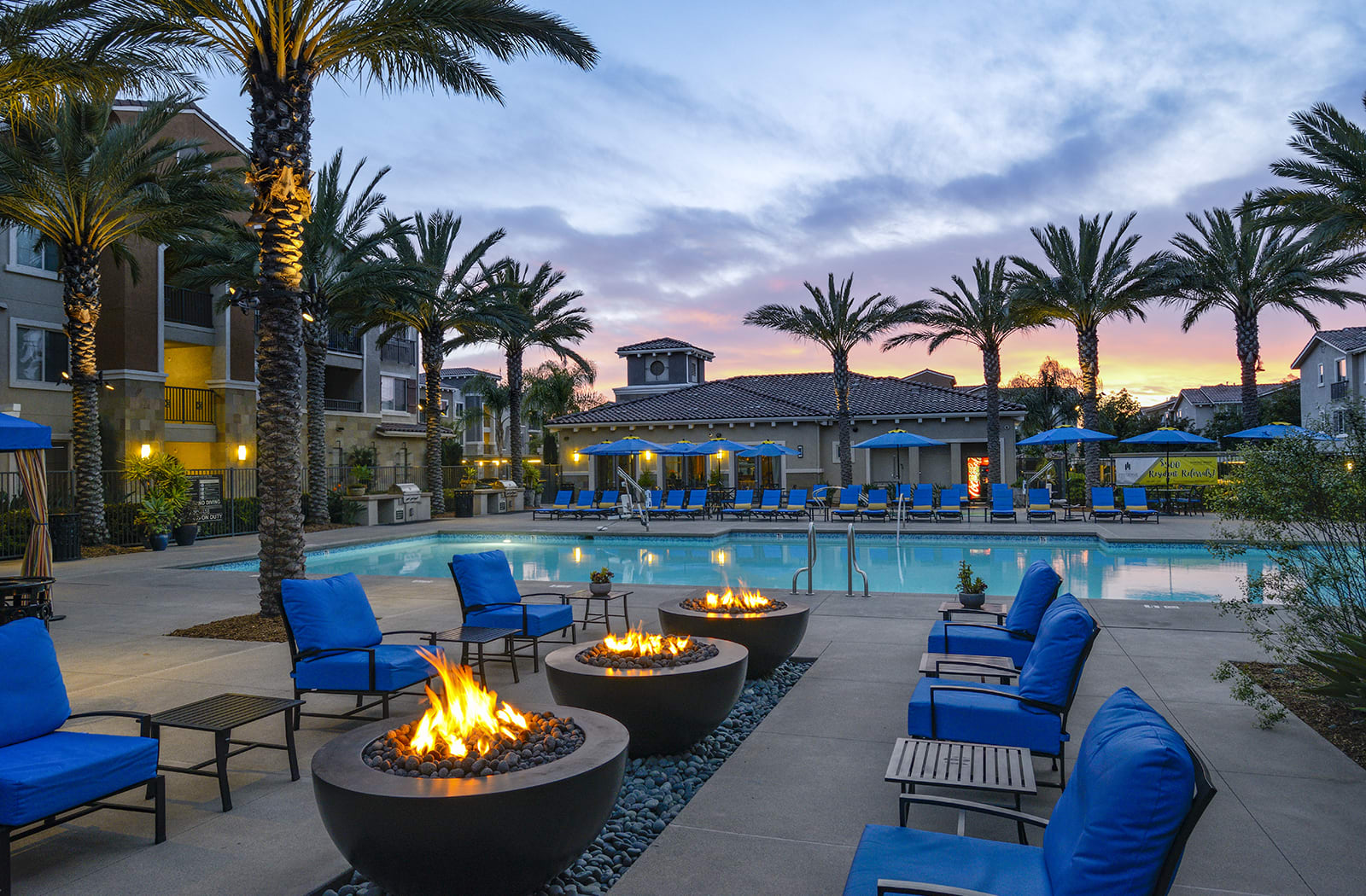 Cozy Fire Pit with Seating at Preserve at Melrose, Vista