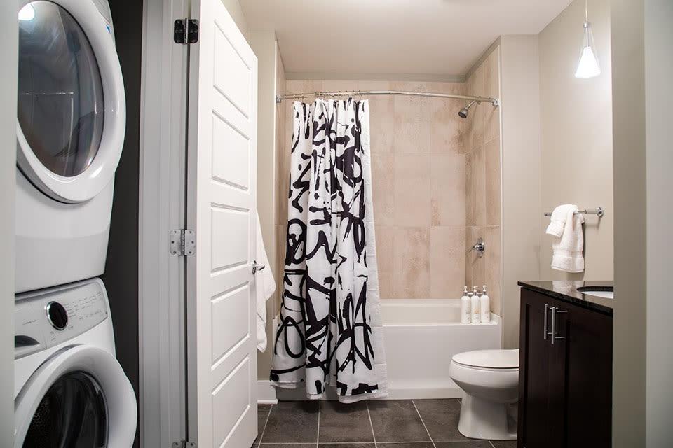 Large Bedroom En-Suite Bathroom at CityWay, Indianapolis, Indiana