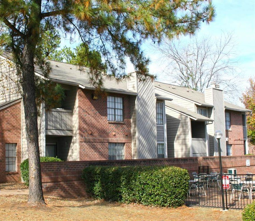 Photo Gallery Of Stonegate Apartments In Memphis, TN