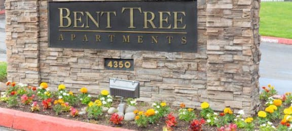Welcoming Property Signage at Bent Tree Apartments, Sacramento, 95842