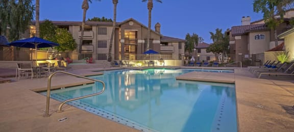 Swimming Pool With Relaxing Sundecks at Garden Grove Apartment Homes, Tempe, 85283