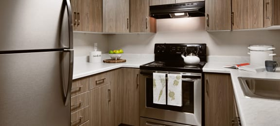 Clover Creek Apartments Kitchen Stove and Cabinets