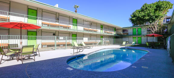 Pool, Pool Patio & Community Quad at The Continental Apartments in Phoenix, AZ