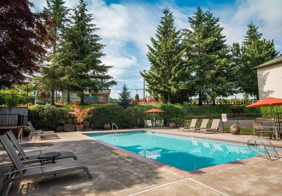 Sunstone Parc Pool & Furniture