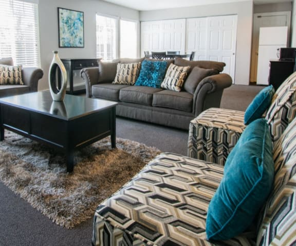 Decorated Living Room With Natural Light at Country Lake Townhomes, Indianapolis