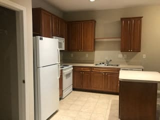 Kitchen With Cabinetry And Appliances at Renaissance at the Power Building, Ohio