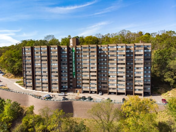 Walnut Towers at Frick Park property image