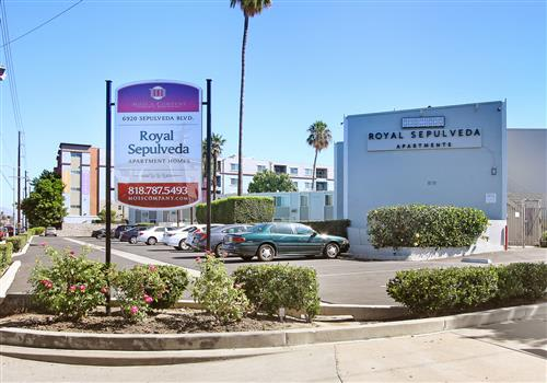Royal Sepulveda Apartment Homes property image