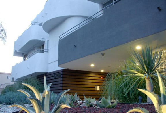 5119 Maplewood Apartments property image