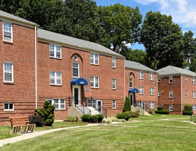 Cross Country Manor Apartments property image