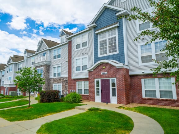 West Hampton Park Apartment Homes property image