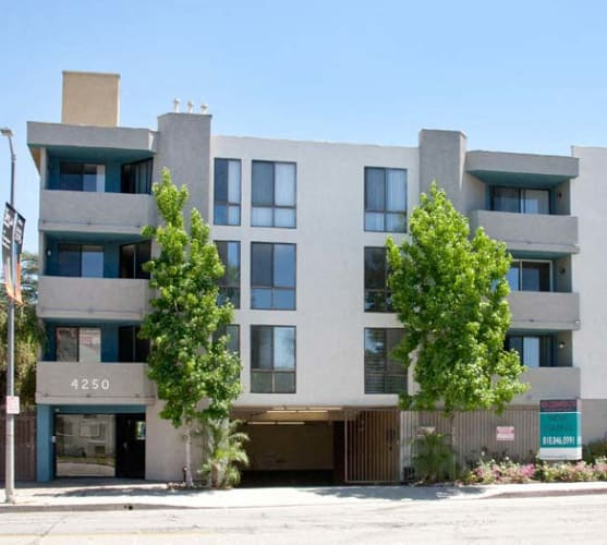 4250 Coldwater Canyon Apartments property image
