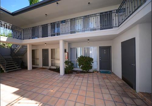 13558 Moorpark Apartments property image