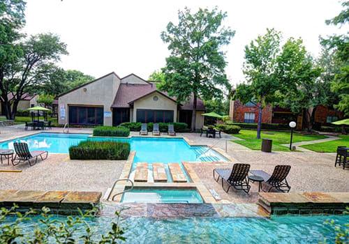 Hulen Oaks property image