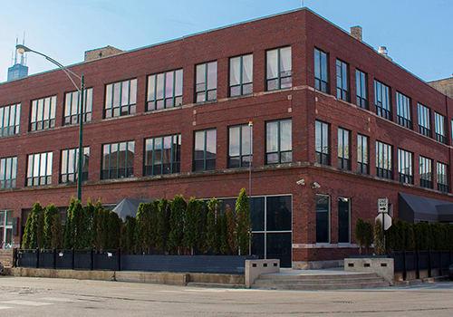 945 W Fulton Market Apartments property image