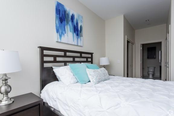 Floor Plan  Two bed/Two bath - 998 sqft.