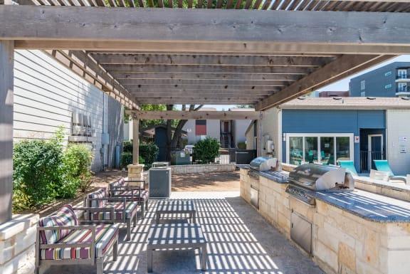South Lamar Village Outdoor Kitchen