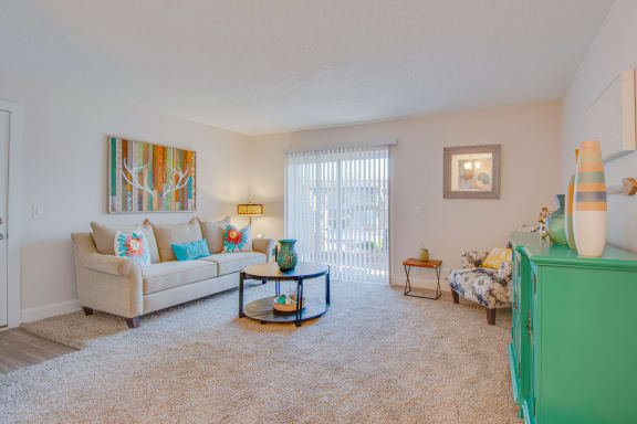 Modern 1 and 2 Bedroom Apartment Homes at Nob Hill Apartments, Tennessee, 37211