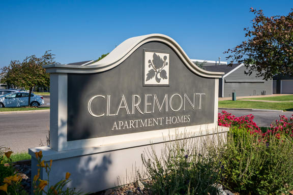 Claremont Monument Sign