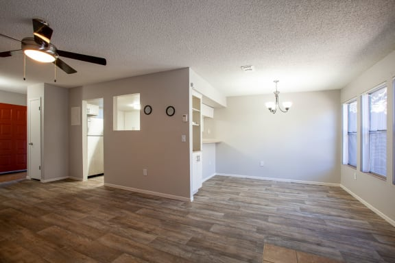 Dining Area at Orange Tree Village Apartments in Tucson AZ 4-2020