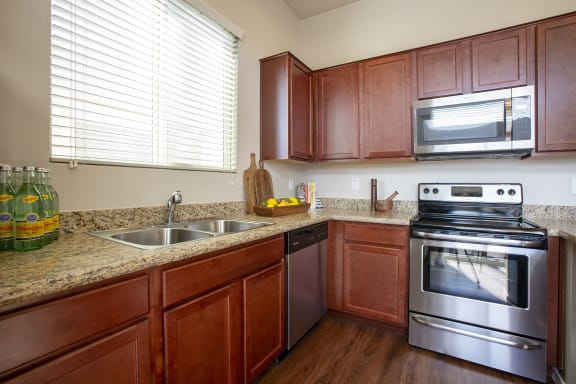 Kitchen Appliances at Casitas at San Marcos in Chandler AZ Nov 2020