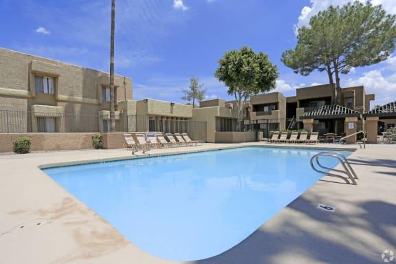 Pool & pool patio at Papago Crossing Apartments in Phoenix, AZ