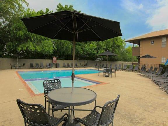 apartments with pool san antonio tx