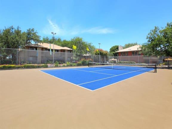 granite at tuscany hills tennis court