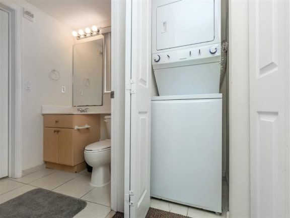 shamrock of sunrise fl apartment washer/dryer