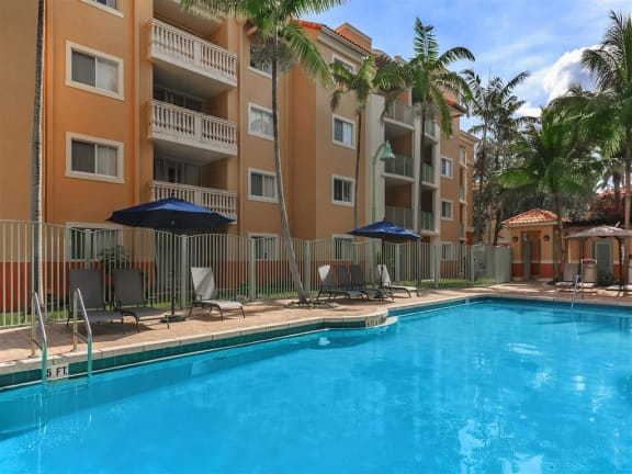 shamrock of sunrise fl apartments pool & pool deck