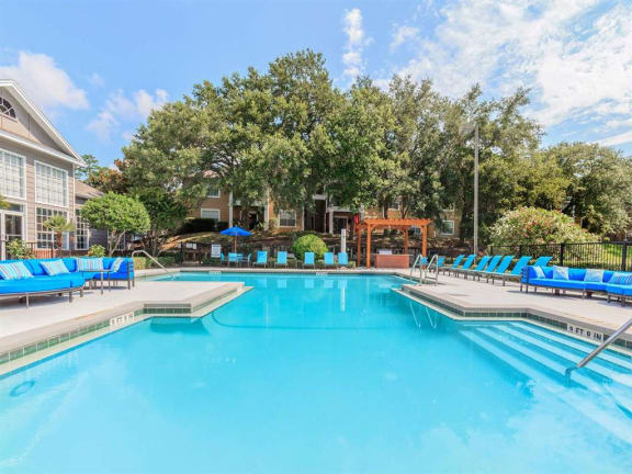 jackson square apartments pool