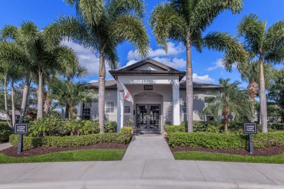 vero green apartments vero beach clubhouse entrance