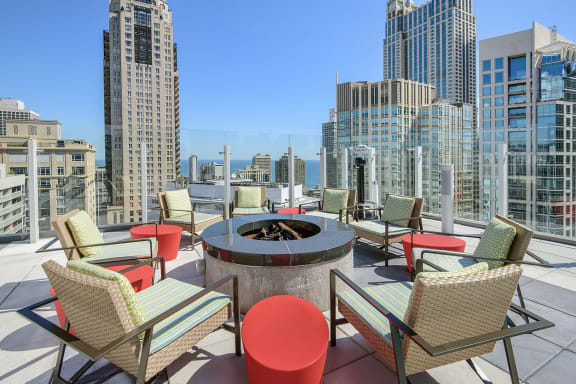 Rooftop Cozy Fire Pit at State & Chestnut Apartments, 845 N State St, 60610