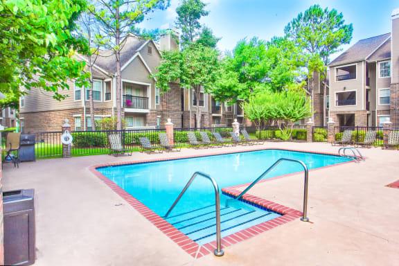 Riverside Park Apartments Tulsa Pool