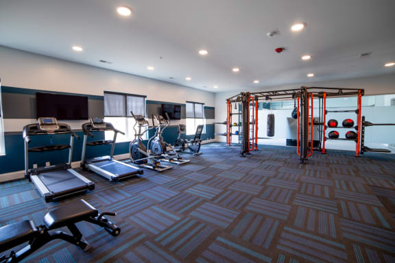 Weights and machines in fitness center Blue Ash, OH The Approach at Summit Park