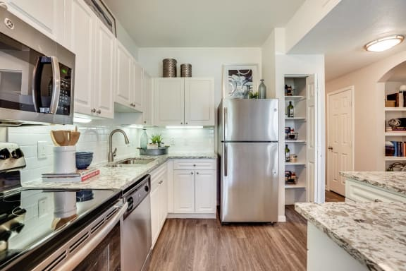 Spacious Apartment Layouts at Windsor at Meridian, 9875 Jefferson Parkway, CO