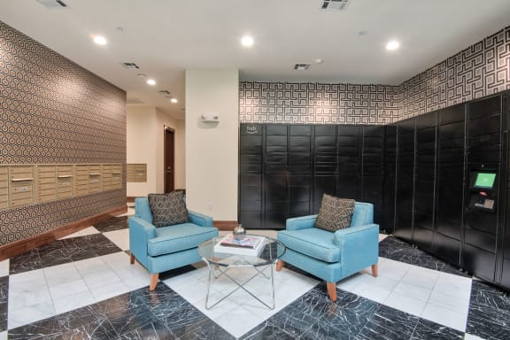 Package service at Midtown Houston by Windsor, Texas, 77002