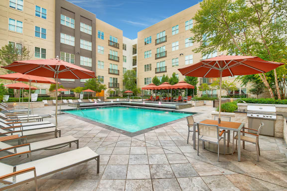Abundant Indoor and Outdoor Amenity Spaces at Windsor South Lamar, Austin, TX