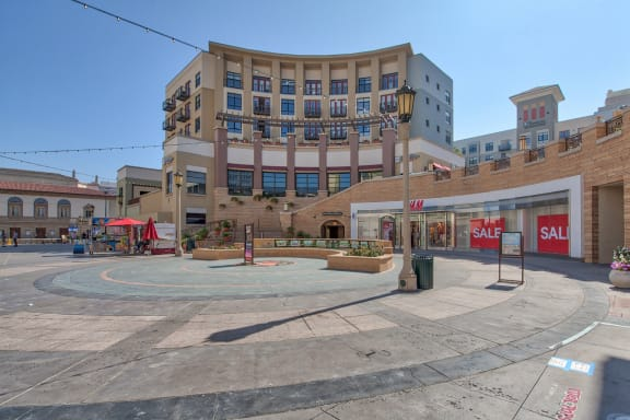 Situated Above The 550,000 Sq Ft Paseo Colorado Shopping Village at Terraces at Paseo Colorado, Pasadena, California