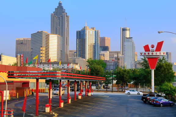Multiple Fine Dining Options in Neighborhood at Windsor Old Fourth Ward, Atlanta, GA