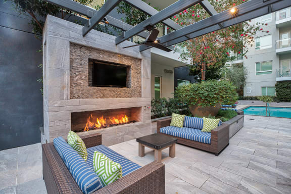 Outdoor Fireplace at Olympic by Windsor, CA, 90015